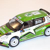 abrex-1-43-skoda-fabia-s2000-2010-1-rally-islas-canaria-hanninen-markkula-autominiature01-com-32-2.jpg