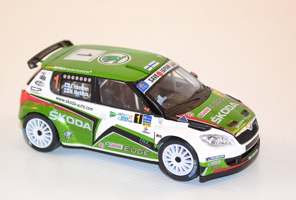abrex-1-43-skoda-fabia-s2000-2010-1-rally-islas-canaria-hanninen-markkula-autominiature01-com-34.jpg