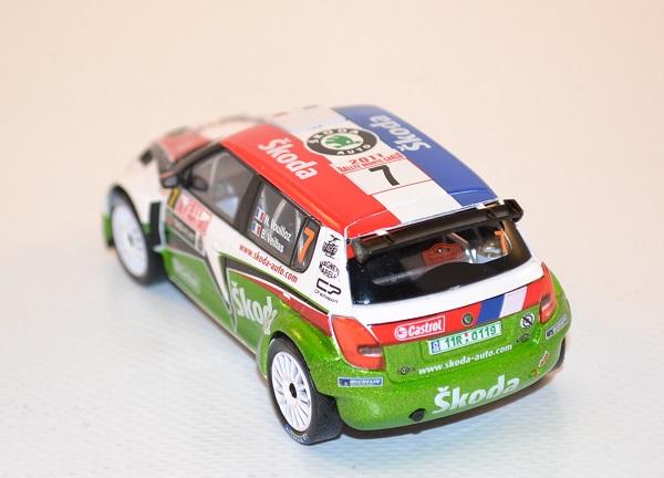 abrex-1-43-skoda-fabia-s2000-7-vouilloz-veillas-rally-monte-carlo-2011-autominiature01-com-36.jpg