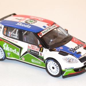 abrex-1-43-skoda-fabia-s2000-7-vouilloz-veillas-rally-monte-carlo-2011-autominiature01-com-37.jpg