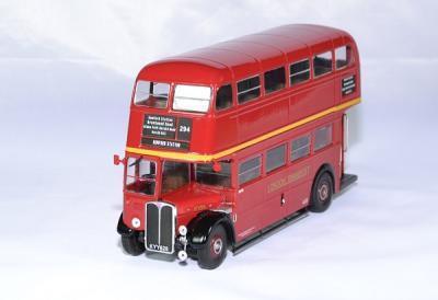 Aec regent III RT 1939 bus rouge impérial