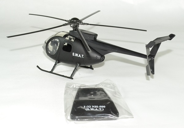 Agusta westland nh500 swat police 1 32 new ray autominiature01 2