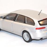 Alfa romeo 159 sw argent miniature motor max 1 43 autominiature01 com 2