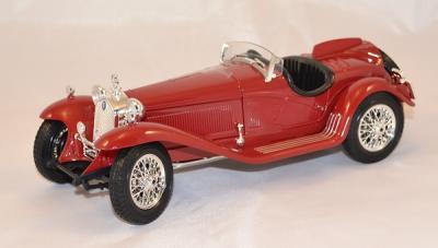 Alfa Roméo 8c 2300 spider touring 1932 red 1/18 bburago
