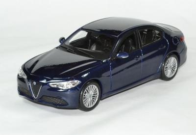 Alfa Roméo Giulia 2016 bleu métallisé