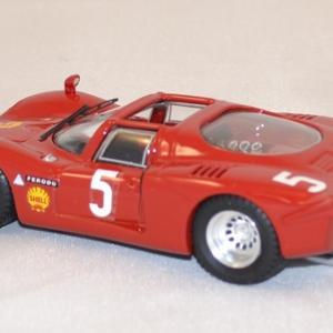 Alfa romeo spyder 33 2 1969 best 1 43 autominiature01 2