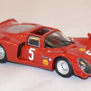 Alfa romeo spyder 33 2 1969 best 1 43 autominiature01 3