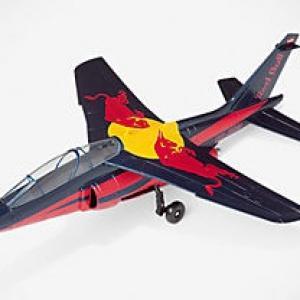 Alpha jet avion Red Bull de la Flying bulls