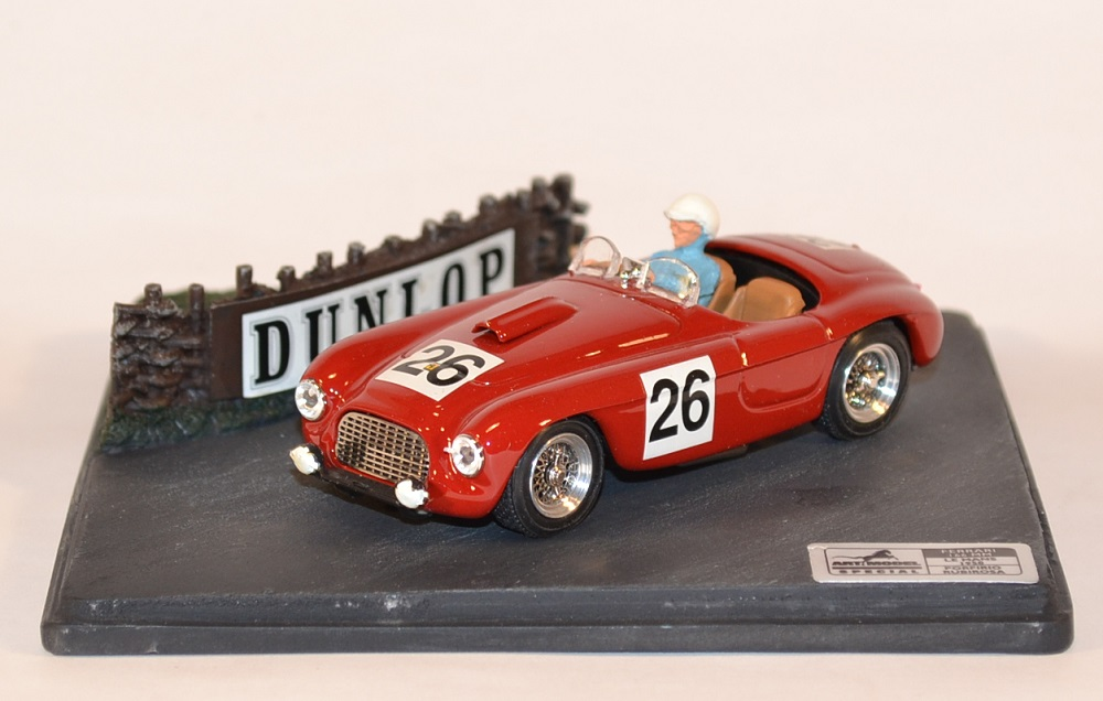 art-model-miniature-ferrari-f166-mm-le-mans-1950-autominiature01-com-1.jpg