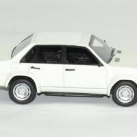 Audi 90 blanc neo 1 43 autominiature01 3 1