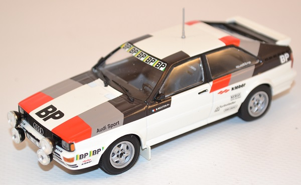 audi-quattro-rally-test-car-1981-m-mouton-1-43-minichamps-430811900-autominiature01-1.jpg