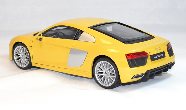 Audi r8 v10 2016 welly 1 18 autominiature01 2