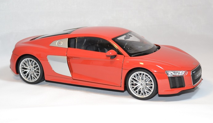 Audi r8 welly v10 2016 rouge 1 18 autominiature01 4
