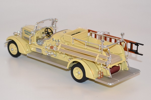 Autominiature01 com ahrens fox vc pompiers 1938 yatming 1 43 yat43003a 3