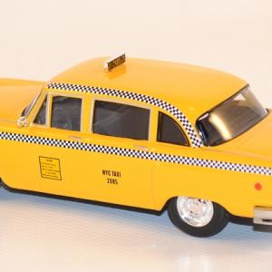 Autominiature01 com checker taxi new york 1977 serie friends greenlight 1 43 2