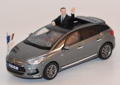 Citroen DS5 présidentielle 2012 avec figurine 1/43 Norev
