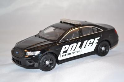 Ford Interceptor Police USA 1/24 Welly