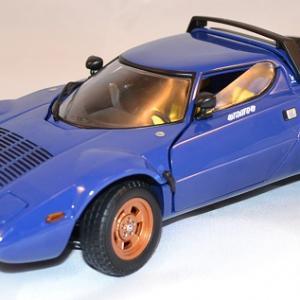 Lancia Stratos Stradale bleue de 1975