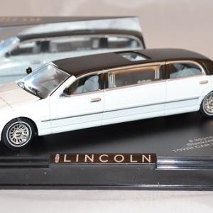 Autominiature01 com lincoln limousine 2000 blanc noire 1 43 sunstar vitesse 1