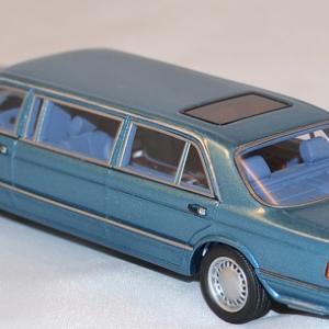 Autominiature01 com mercedes benz w126 limousine 1 43 neo 3