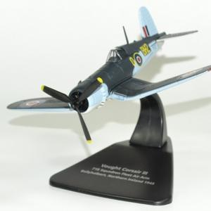 Avion vought corsair 1945 oxford 1 72 autominiature01 1