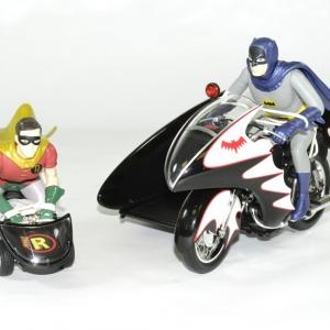 Batcycle batman robin annees 60 hotwheels 1 18 autominiature01 3
