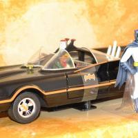 Batmobile jada toys serie tv 1966 1 24 autominiature01 1