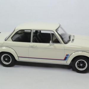 Bmw 2002 turbo 1973 mcg 1 18 autominiature01 18148 2