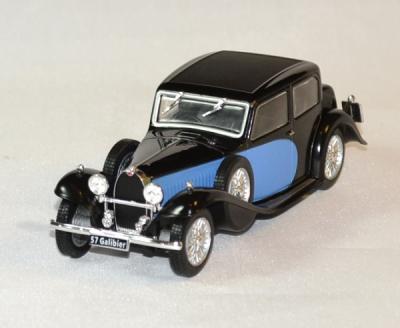 Bugatti 57 Galiber bleu noir