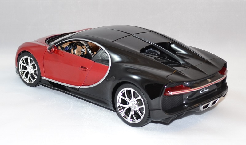 bugatti chiron rouge voiture miniature bburago 1 18. Black Bedroom Furniture Sets. Home Design Ideas