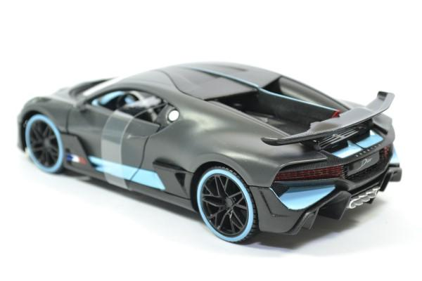 Bugatti divo 1 24 maisto autominiature01 31526 2