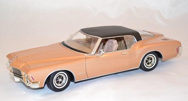 Buick riviera gs 1971 yatming 1 18 autominiature01 com 1