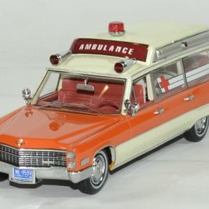 Cadillac S&S blanc / orange ambulance 1966