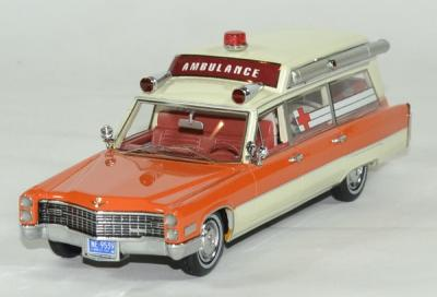 Cadillac S&S blanc / orange ambulance 1966