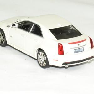 Cadillac cts v 2009 blanc 1 43 luxury autominiature01 2