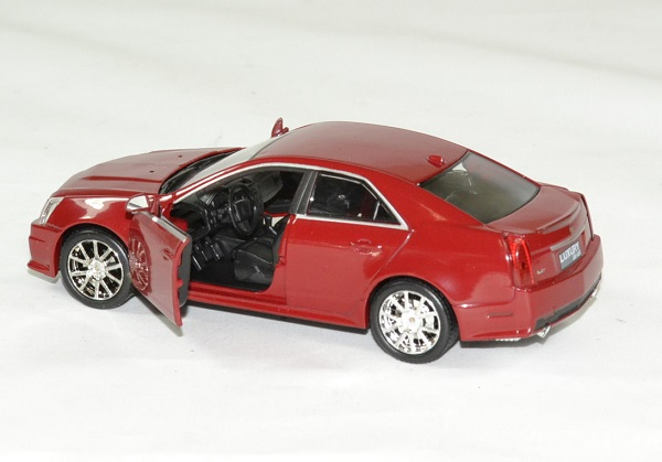 Cadillac cts v 2009 rouge 1 43 luxury autominiature01 4
