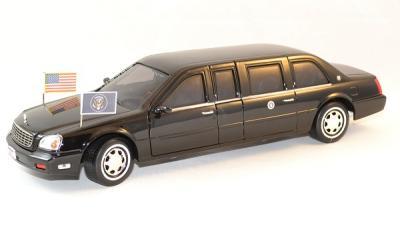Cadillac Deville Limousine président G. W. Bush 2001