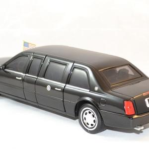 Cadillac deville 2001 president usa 1 24 autominiature01 2