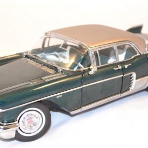 Cadillac eldorado brougham 1957 vert sunstar 1 18 autominiature01 com 1