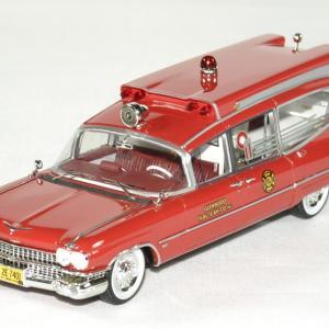 Cadillac series 75 s s ambulance 1 43 neo autominiature01 1