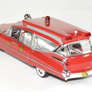 Cadillac series 75 s s ambulance 1 43 neo autominiature01 2