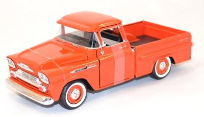 Chevrolet apache fleetline 1958 orange 1/24 Motor max