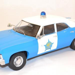Chevrolet biscayne police chicago 1967 greenlight 1 18 autominiature01 com 1