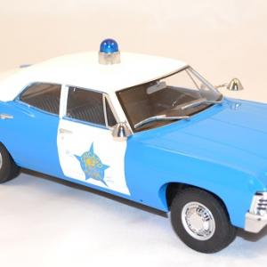 Chevrolet biscayne police chicago 1967 greenlight 1 18 autominiature01 com 3