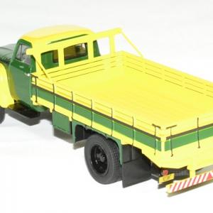Chevrolet c6500 1958 whitebox 1 43 autominiature01 2