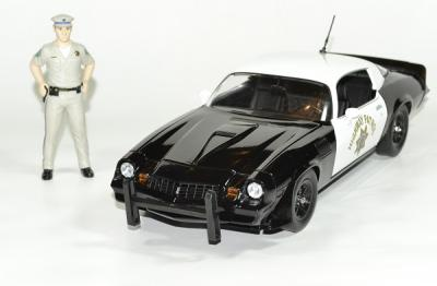 Chevrolet Camaro Z28 1979 California Highway Patrol avec figurine