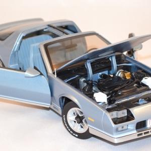 Chevrolet camaro z28 sunstar 1 18 autominiature01 com 2