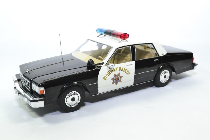 Chevrolet caprice 1987 police highway usa 1 18 mdg autominiature01 mcg18114 1