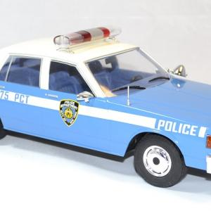Chevrolet caprice police nypd mcg 1 18 autominiature01 3