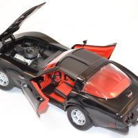 Chevrolet corvette 1979 noire miniature motor max 1 43 autominiature01 com 3